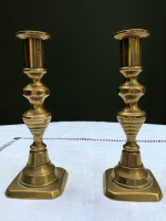 Pretty Pair of 18cm-high Brass Candlesticks