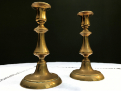 Pair of Classic 18cm-high Brass Candlesticks
