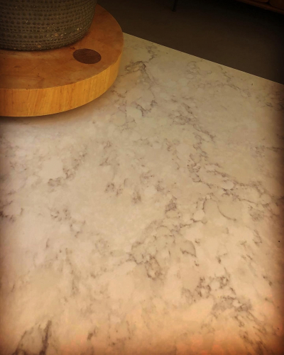 Quartz kitchen surface - entirely scratch and stain resistant making it the perfect material to have as a kitchen worktop.