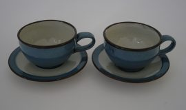 Cup and saucer 7cm x 11cm cup